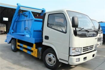 (3-4方)东风小多利卡摆臂式垃圾车